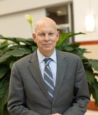 Headshot of Barry Staubus