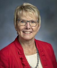 Headshot of Dr. Donna Henry