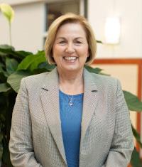 Headshot of Dr. Linda Nelms