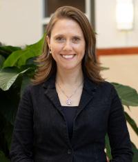 Headshot of Dr. Sarah Seeley-Dick